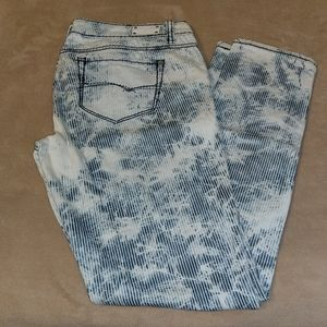 Almost Famous wild blue and white jeans